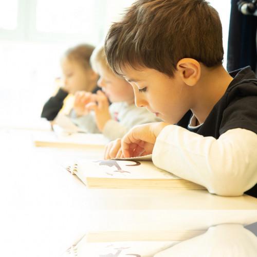 Immagine scuola primaria alt